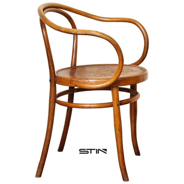Hans J. Wegner the Chair - Classic and Worthwhile Collection