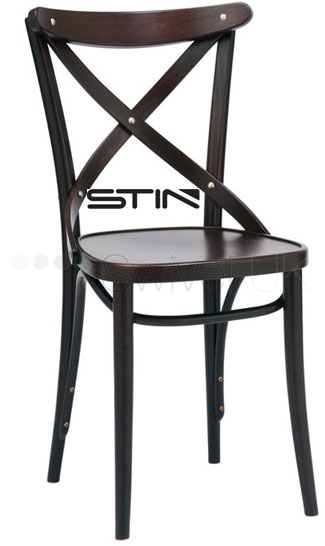 Michael Thonet designed easy to use and comfortable chair
